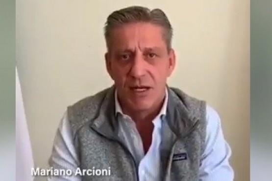 Arcioni reunió a la clase política en un mensaje por redes