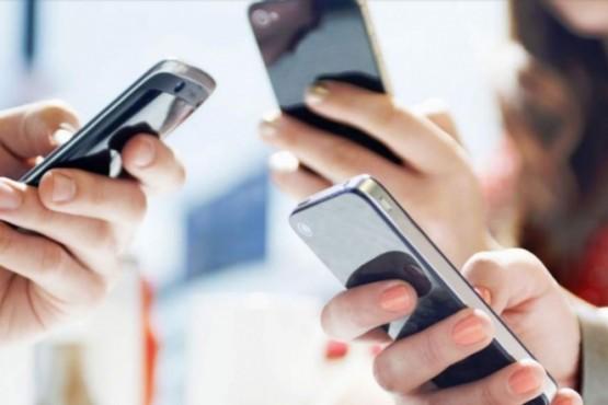 Recomiendan el uso responsable de Internet y telefonía celular