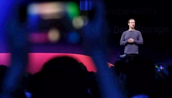 Zuckerberg manifestó que WhatsApp puede colapsar