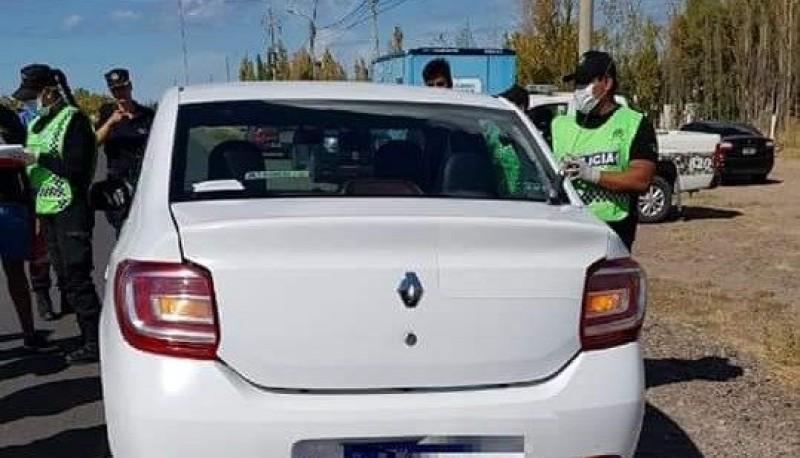 Un remisero y pasajero fueron detenidos con droga volviendo de Trelew