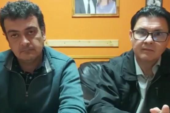 El intendente Gonzalez junto al director médico Mirón.