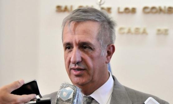 Oscar Antonena.