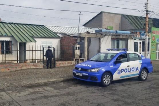 El joven fue acompañado a su casa por la policía.