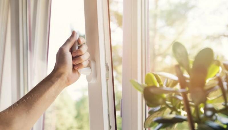 Ventilar la casa evita que vos y tus seres queridos corran riesgos.