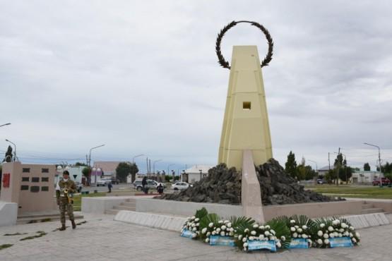 Emilio Maldonado participó de acto homenaje a combatientes y caído en Malvinas