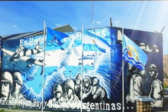 Servicios Penitenciario homenajeó a los caídos y ex combatientes de Malvinas