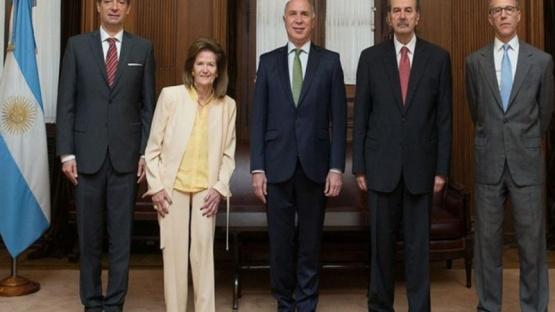 Los ministros de la Corte reducirán sus ingresos un 25%