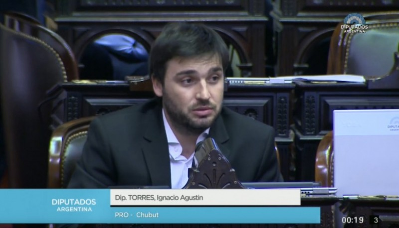 Torres pidió fondos a Nación para el pago de sueldos del sector público