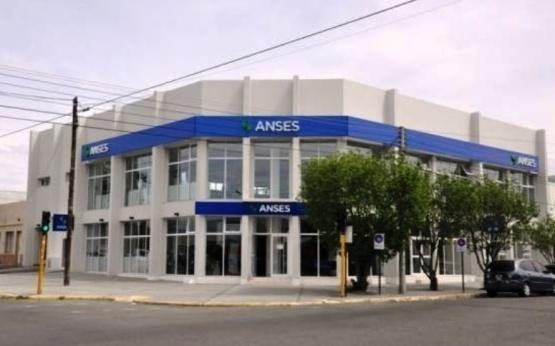En Santa Cruz pagaron 10.700 ingresos familiares de emergencia