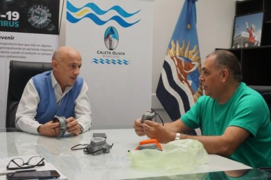 Municipio avanza en la confección de arcos sanitizantes y protectores faciales