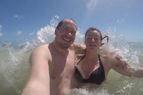 Perdieron su cámara en el mar y años más tarde encontraron sus fotos publicadas en Internet