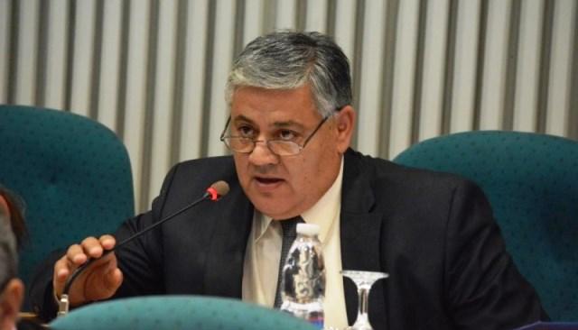 El diputado Carlos Santi.