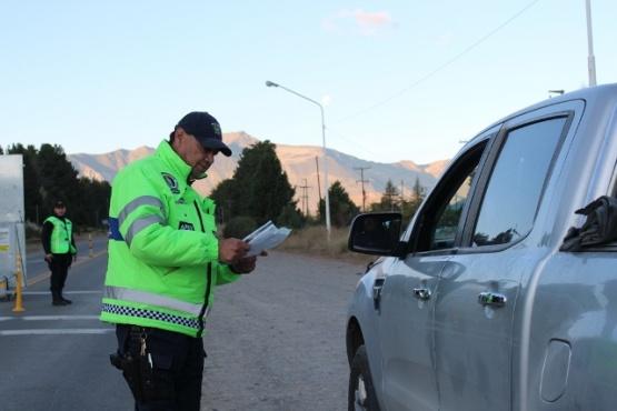 Controles de seguridad vial en Esquel.