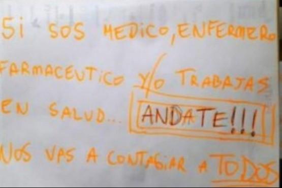 Cartel en un edificio de Buenos Aires.
