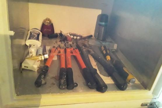 Las herramientas robadas.