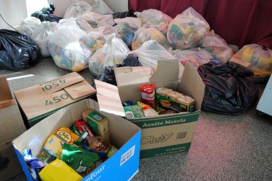 Desarrollo Social entregó más de 700 bolsones de alimentos y pescado