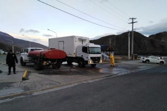 Desinfección y limpieza en El Chaltén.