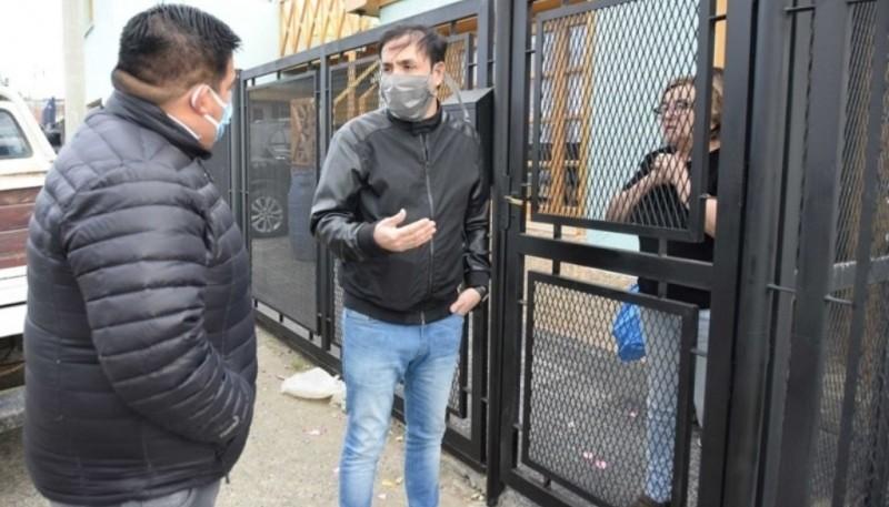 """Grasso y Maldonado utilizan """"tapabocas"""". El diputado Roquel pidió que la provincia provea los insumos para su uso."""