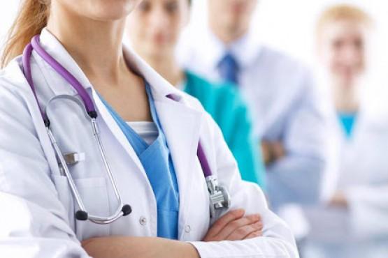 Médicos (foto ilustrativa).