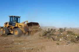Servicios eliminó el basural del camino alternativo al barrio Bicentenario