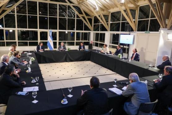 Reunión clave entre Presidencia el sector de construcción