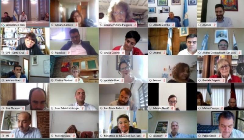 Videoconferencia de ministros de educación provinciales.