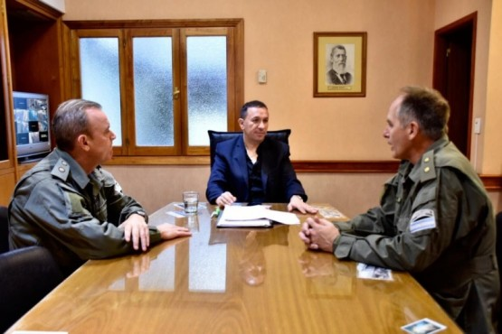 Maderna se reunió con Gendarmería por limitación de circulación en accesos a la ciudad