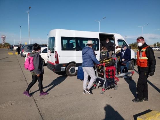 Santacruceños volvieron a la provincia en Aerolíneas Argentinas