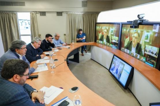 Alberto dialogó por videoconferencia con Intendentes de todo el país
