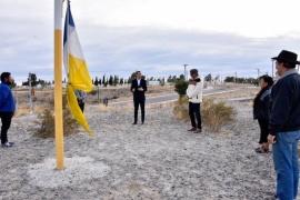 Maderna participó del izamiento de la bandera de los Pueblos Originarios