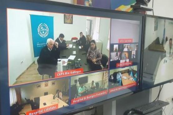 Médicos santacruceños participan de videoconferencia con expertos de Hubei
