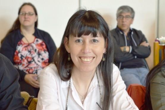 Silvia Llanos, decana UNPA UART