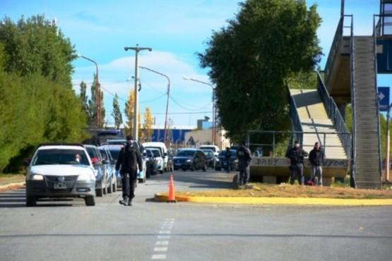 El fin de semana salieron vehículos de Santa Cruz.