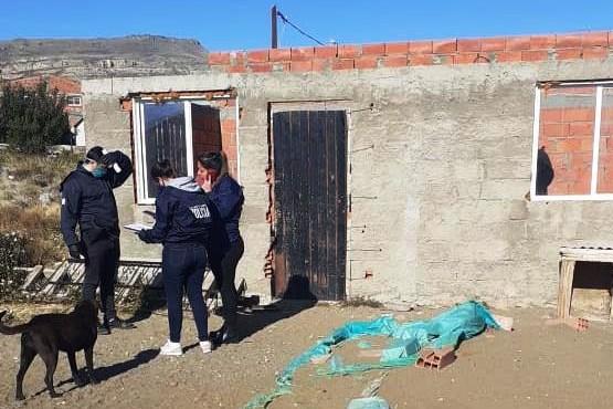Una de las viviendas allanadas por el personal de la DDI de El Calafate.