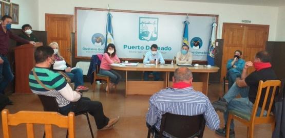 Presencia y trabajo en Puerto Deseado del Estado Provincial.