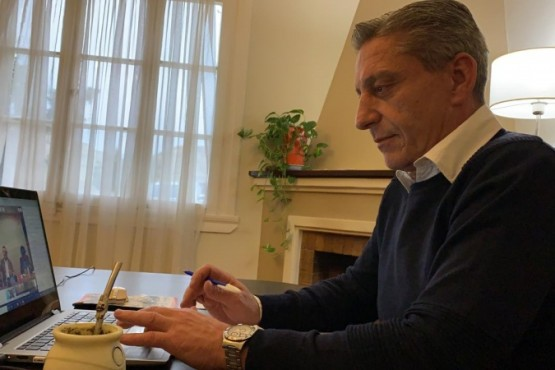 Arcioni presente en la videoconferencia de Alberto Fernández