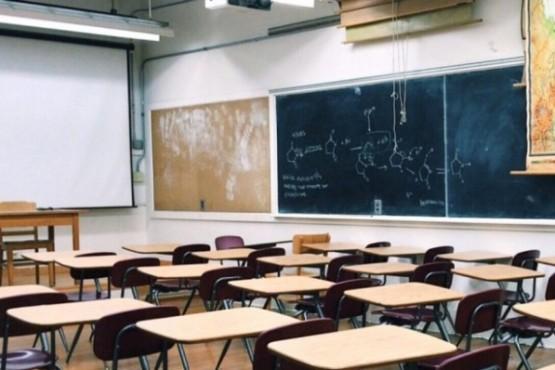 Educación redujo los contenidos y regresarían a las aulas entre junio y agosto