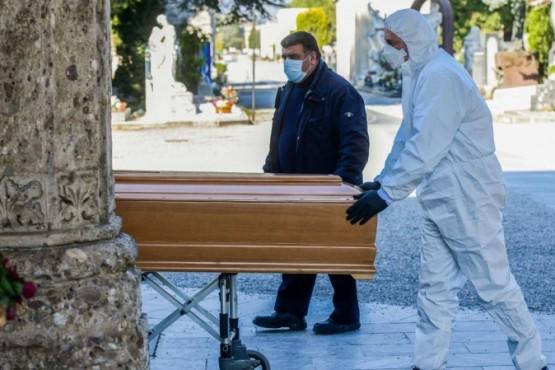 Funerarias extreman medidas de seguridad para evitar contagios