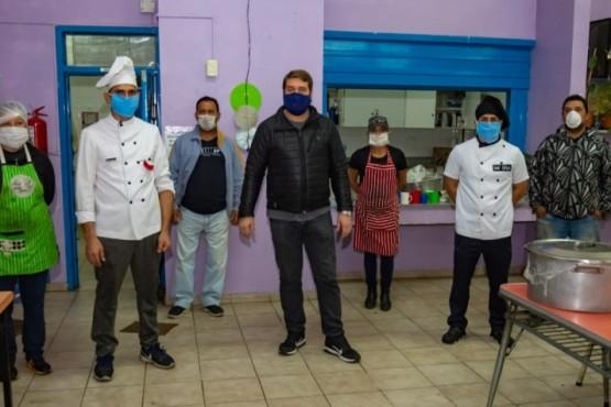Municipio agradeció el aporte de Gendarmería en la cocción de viandas