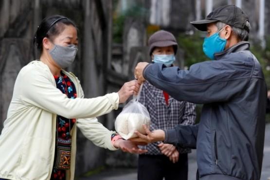 Los ciudadanos vietnamitas en cuarentena.