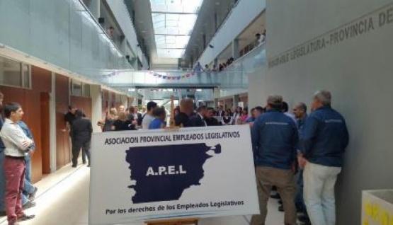 Trabajadores de A.P.E.L (Imagen de archivo)