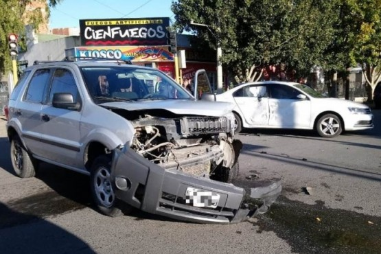 Los vehiculos involucrados en la colision (Foto y video C.R.)