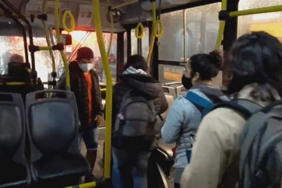 Nuevo protocolo para viajar en colectivos urbanos y micros de larga distancia