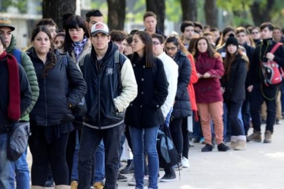 El 20% de los que cobrarán el bono Anses de $10.000 son jóvenes de 18 a 25 años