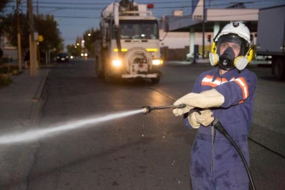 El Municipio continúa con las tareas de desinfección