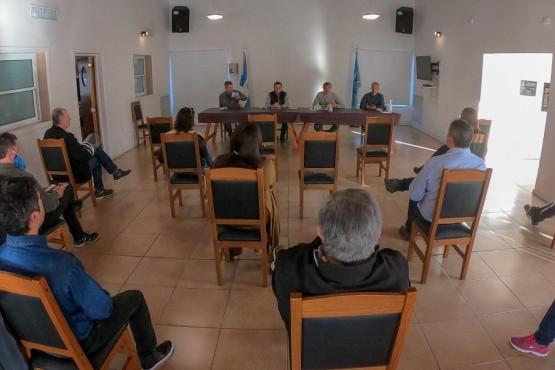 Enrique Calvo presidió la primera reunión con la Administración Portuaria de Puerto Madryn