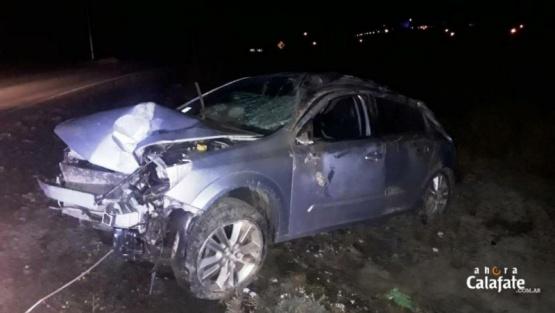 Conducía rápido, destrozó el auto y se lo secuestaron
