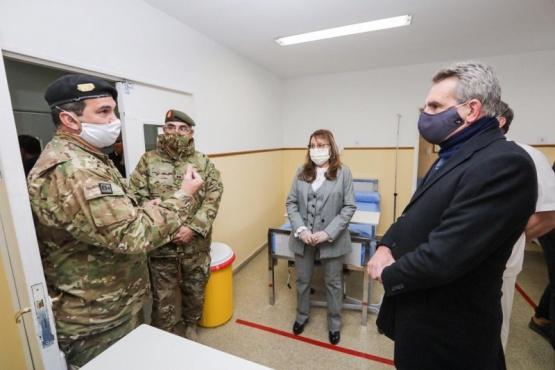Alicia recorrió el Hospital Militar junto al Ministro de Defensa Agustín Rossi