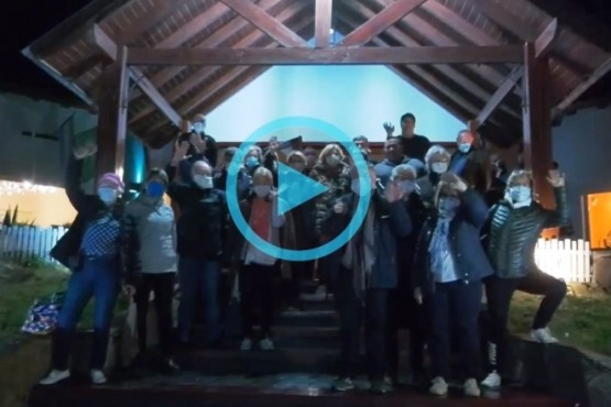 Así se iban los 22 turistas francés que estaban en El Calafate