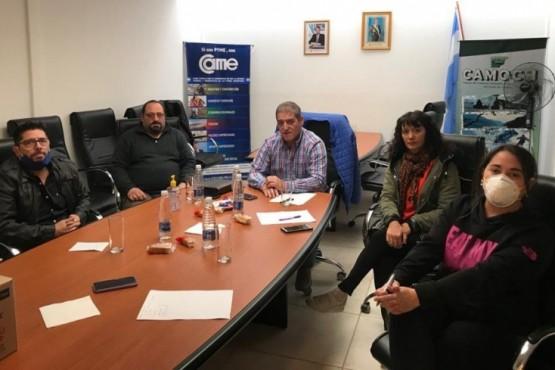 Arcioni se reunió con la Cámara de Comercio de Comodoro